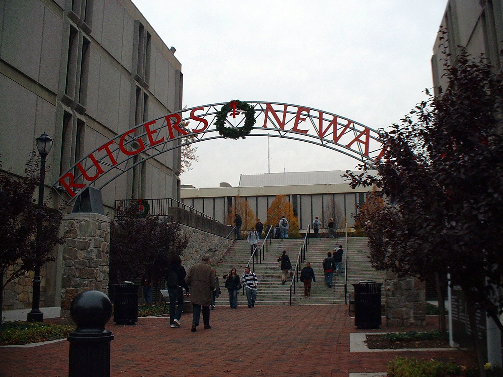 File:RUTGERS-Newark.JPG - Wikimedia Commons