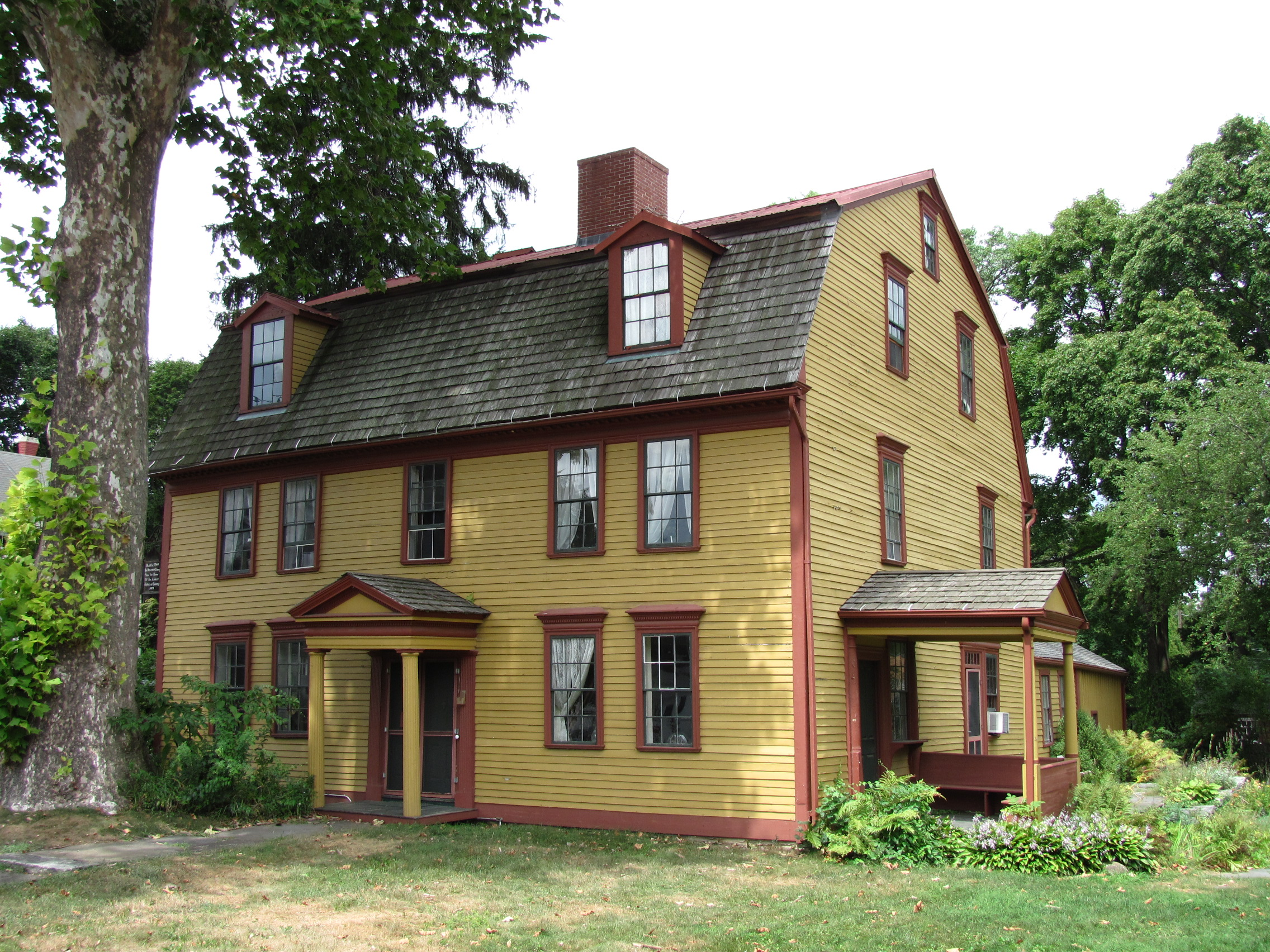 File Strong House Amherst Ma Jpg Wikimedia Commons
