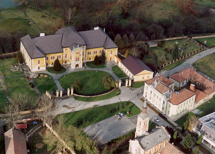 Forgách-kastély (Szécsény) – Wikipédia