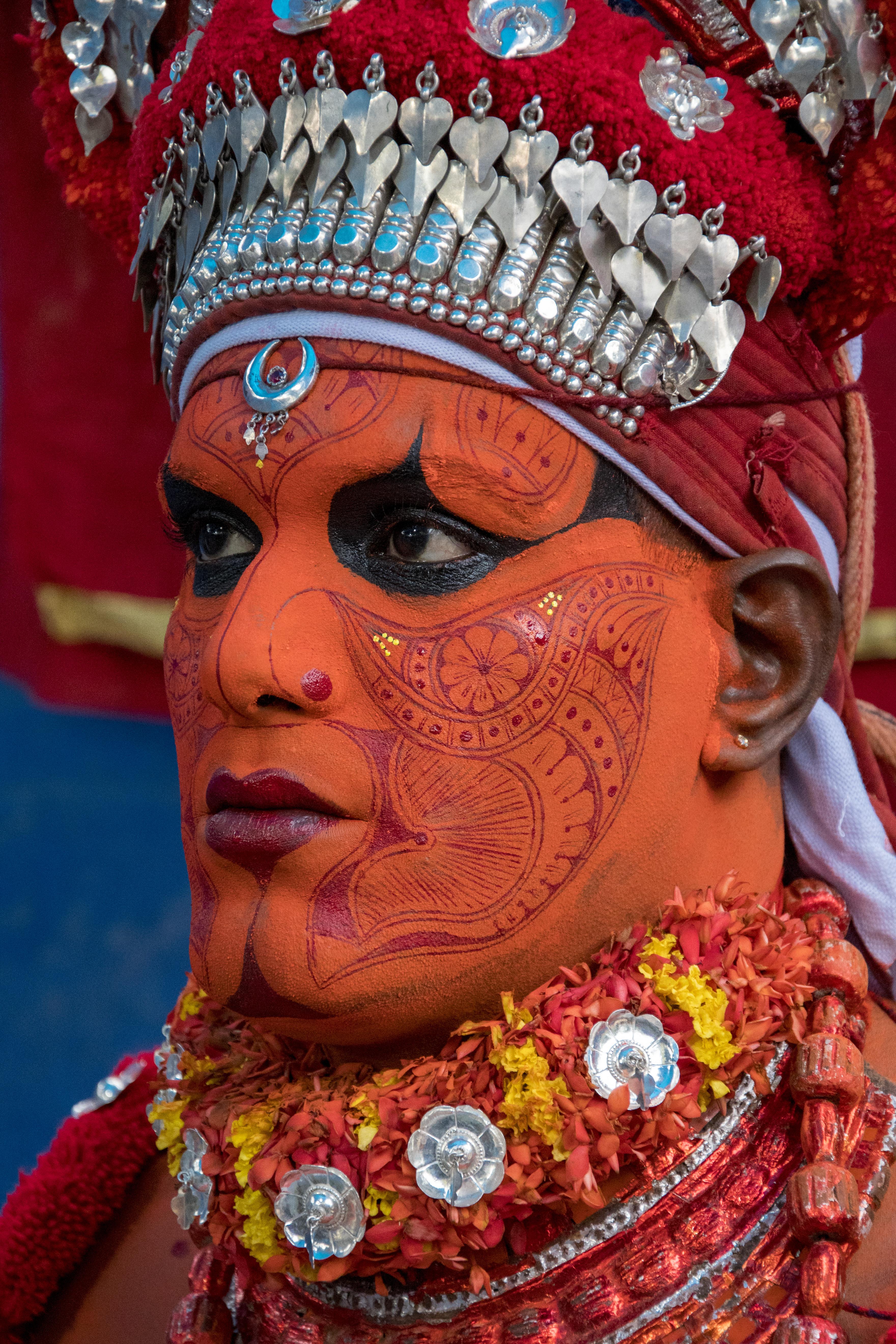 Theyyam make-up002.jpg Theyyam is a folk art of north kerala Date 1 April 2018, 07:12 Source Own work Author Shagil Kannur
