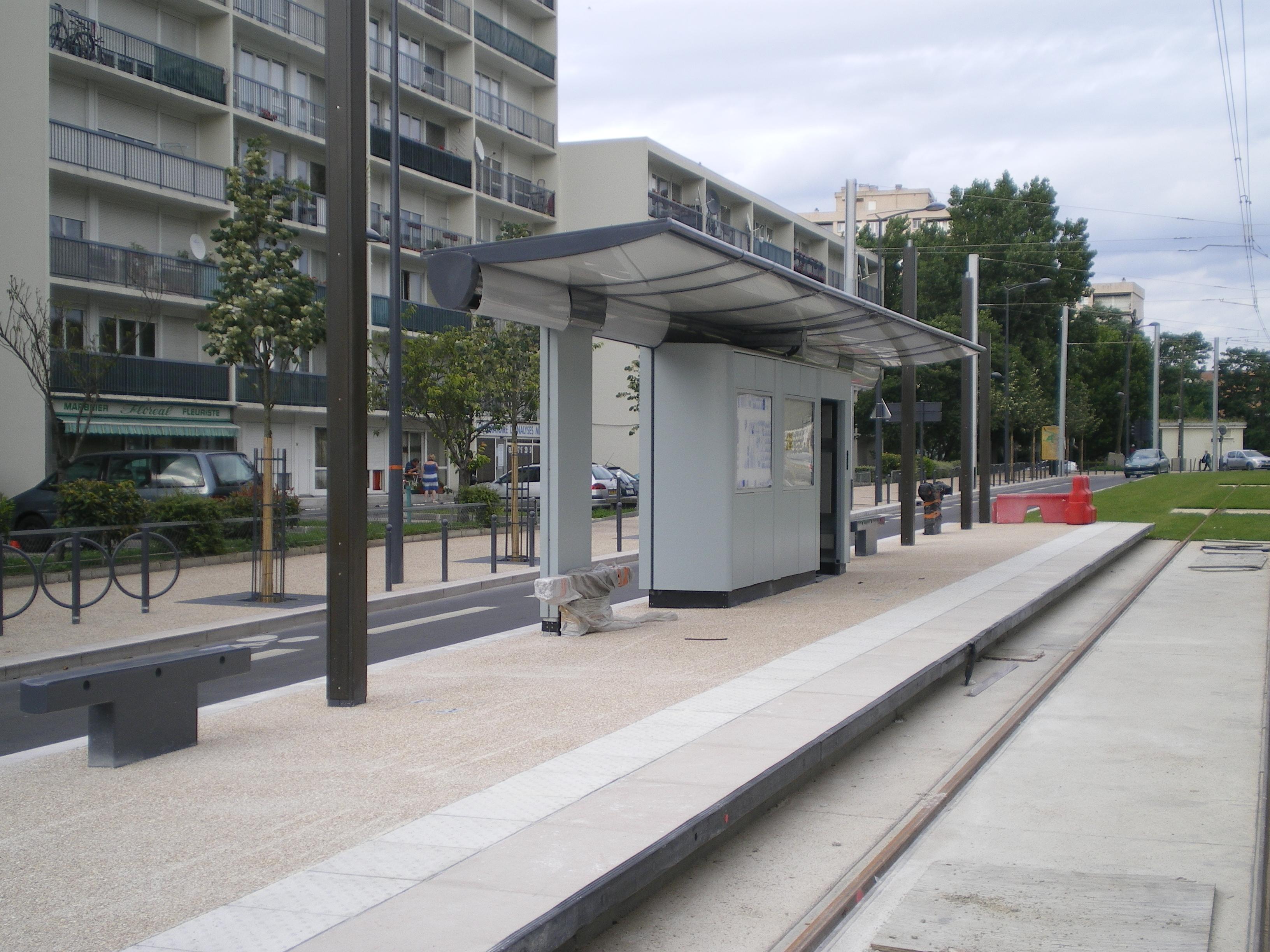file travaux t1 ouest station mairie de villeneuve la garenne juillet 2012 3 jpg. Black Bedroom Furniture Sets. Home Design Ideas
