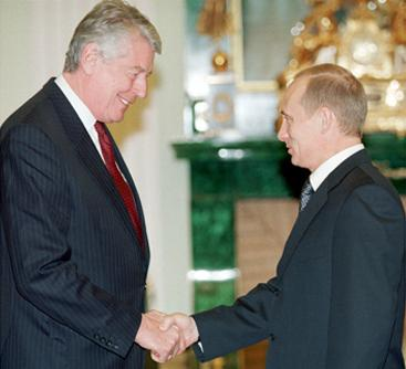 Prime Minister Wim Kok and President of Russia Vladimir Putin in Moscow on 19 January 2001. Vladimir Putin 19 January 2001-2.jpg