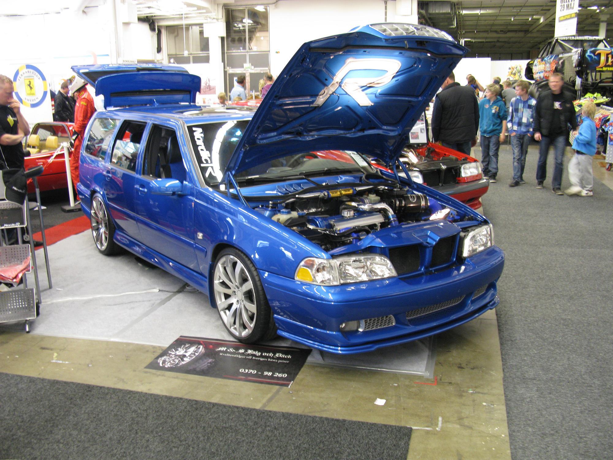 File Volvo V70 R 4550525575 Jpg Wikimedia Commons