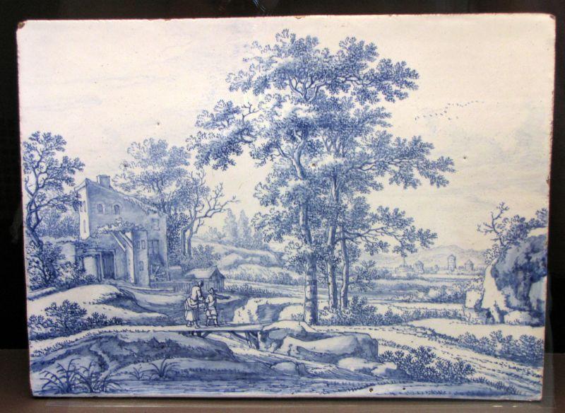 File:WLANL - Ritanila - IMG 2590 Vitrine Majolica en Delfts aardewerk.jpg