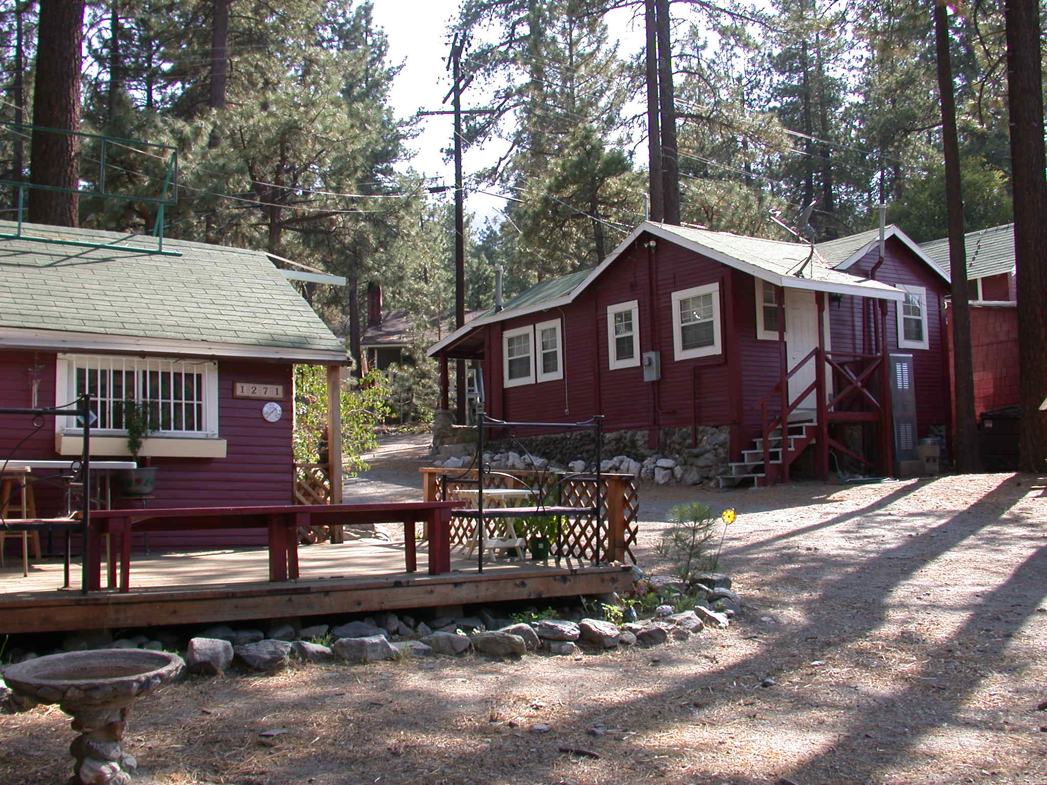 File Wrightwood Cabins Jpg Wikimedia Commons