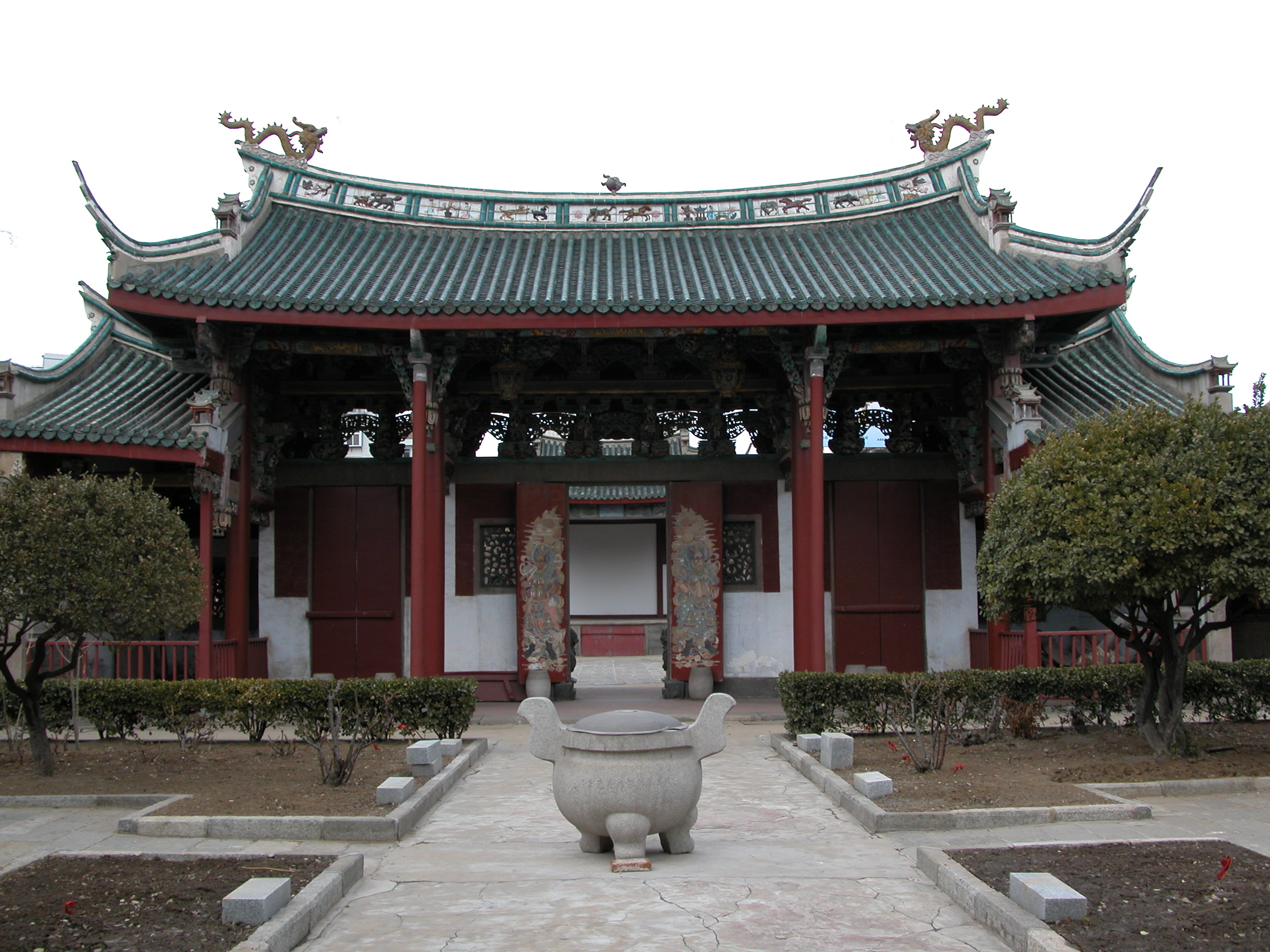 yantai temple of sea goddess.jpg