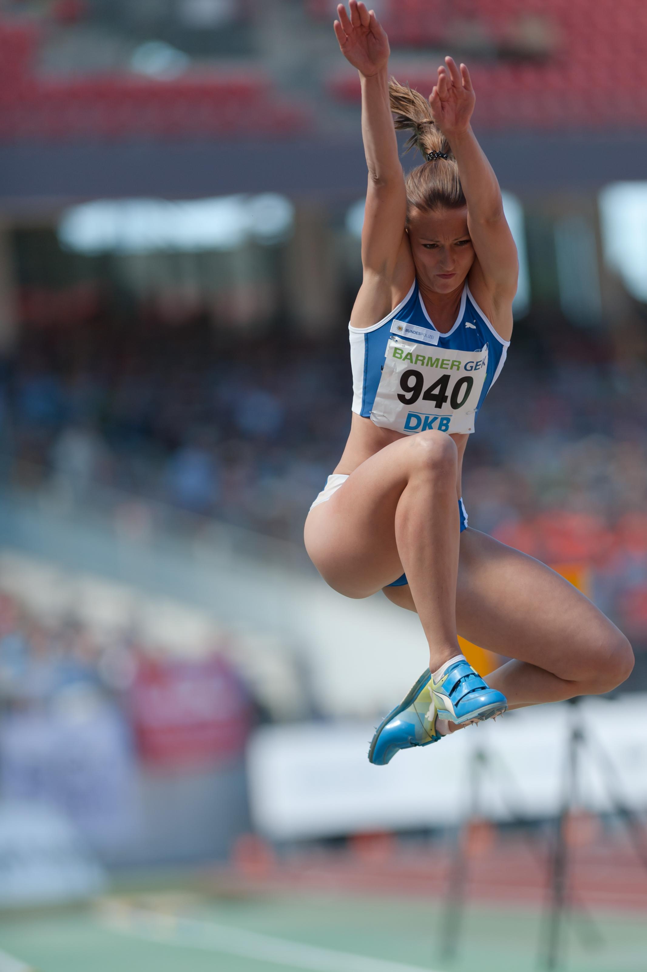 Datei:20150726 1545 DM Leichtathletik Frauen Dreisprung