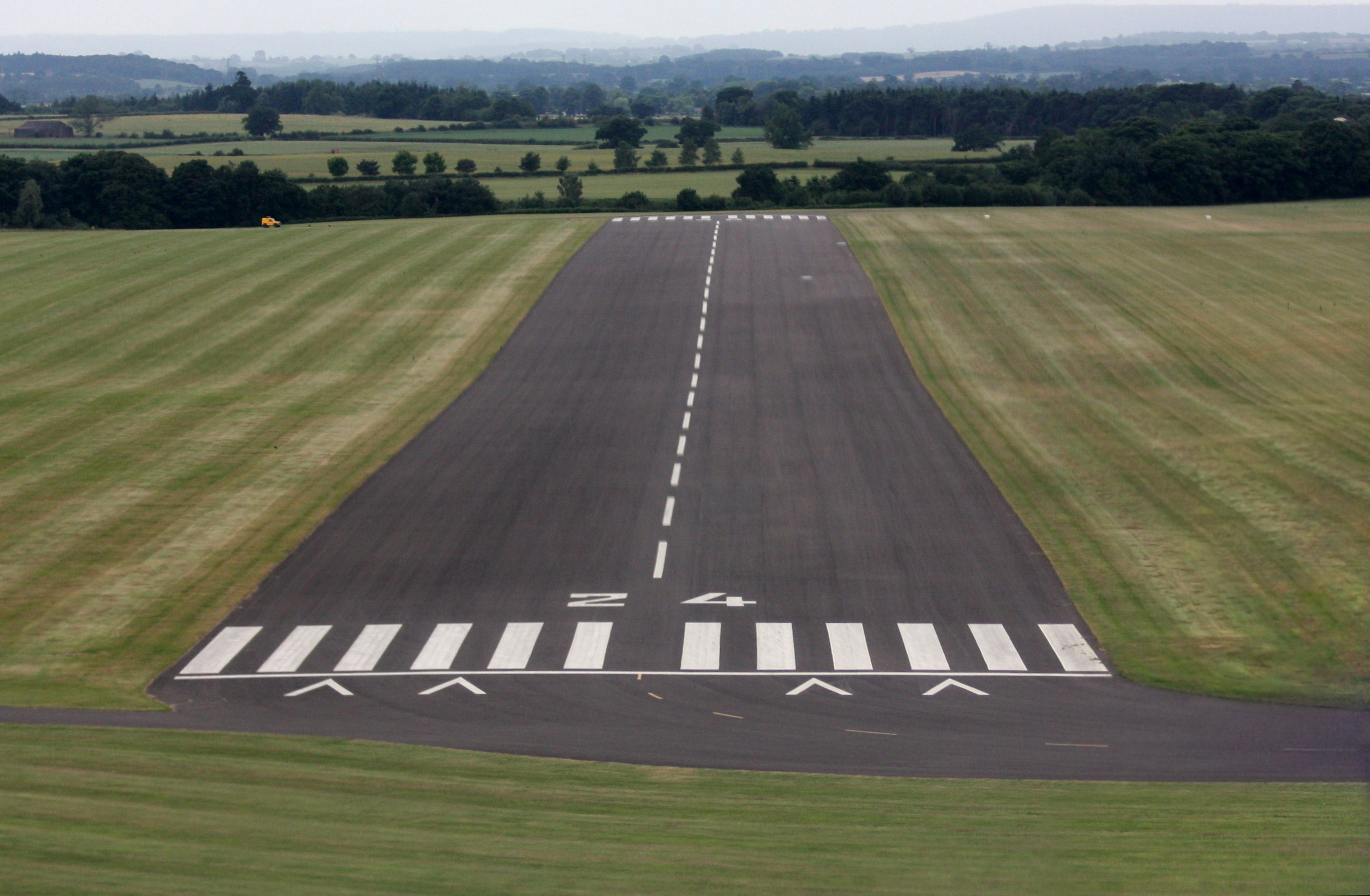 English: A view of runway 24 at RAF Cosford, S...