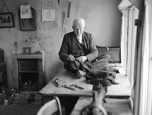 A_Tailor_at_Work_%286920059143%29.jpg