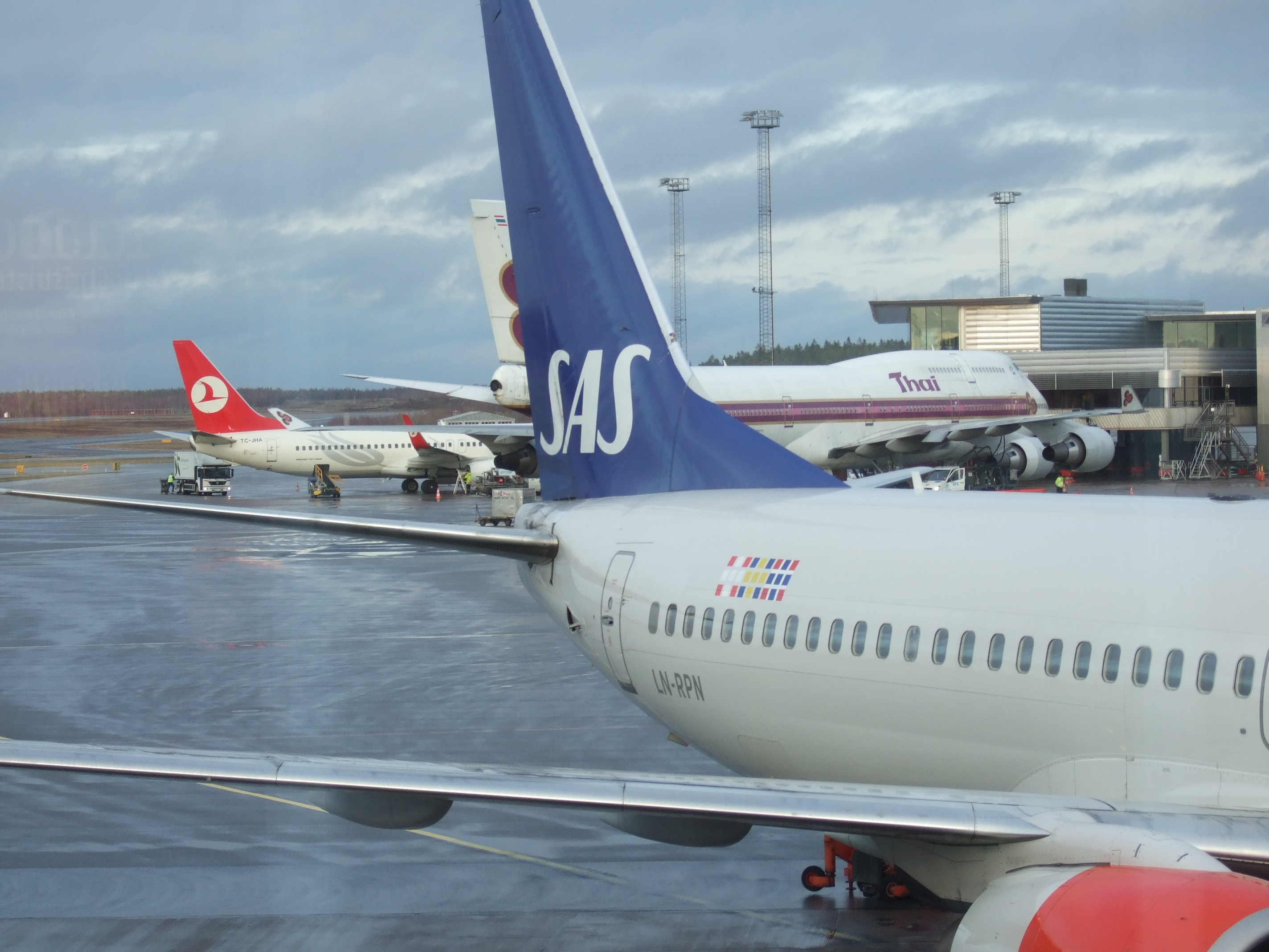 Arlanda Sweden  city pictures gallery : ... Aeroplanes parked at Stockholm Arlanda Airport, Sweden 20091123