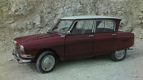 Corsaire 403 en Ami et sa remorque Ami_1968_Z
