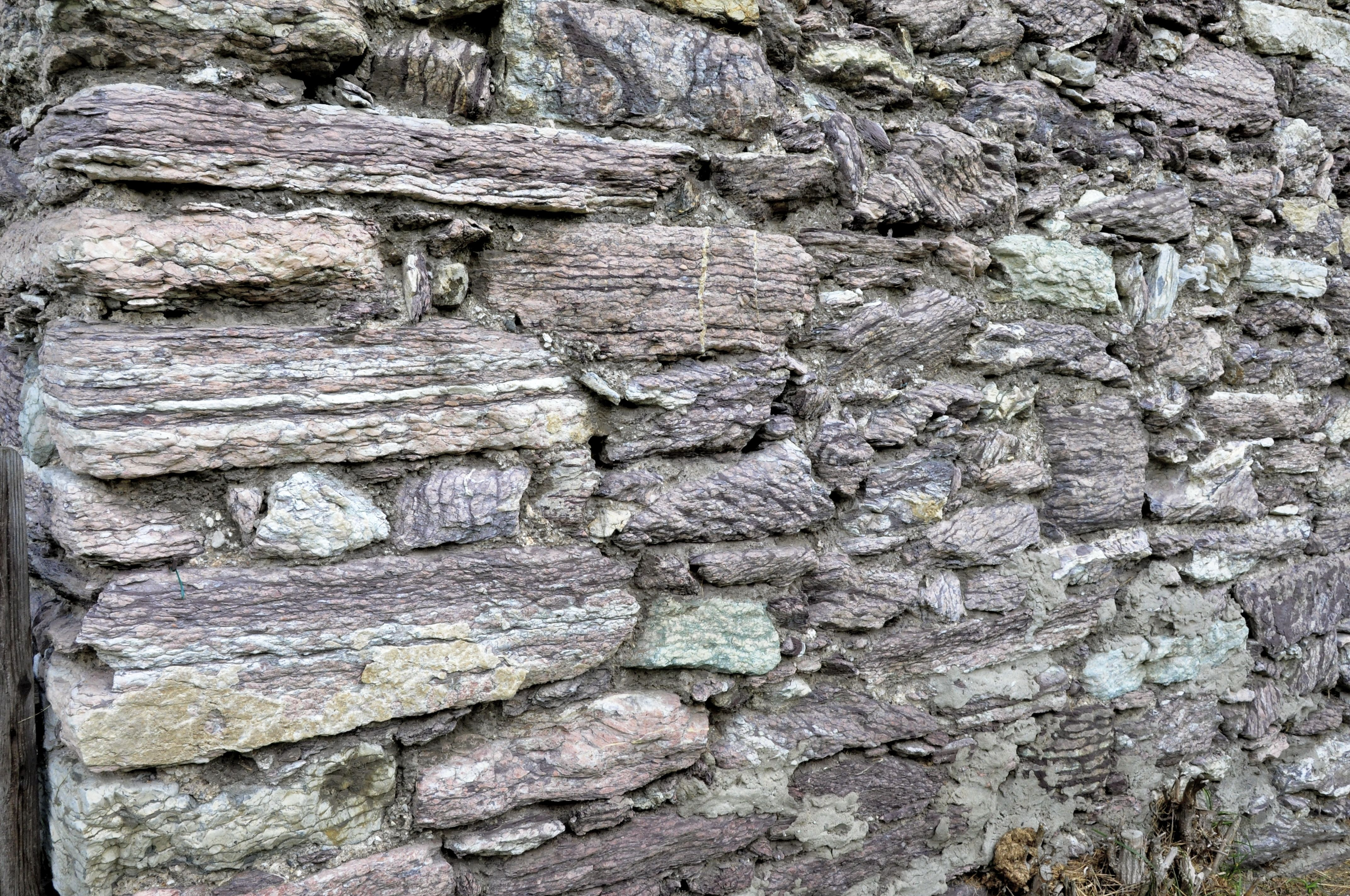 file:arnoldstein maglern 1 stallscheune von schloss strassfried ... - Steinwand