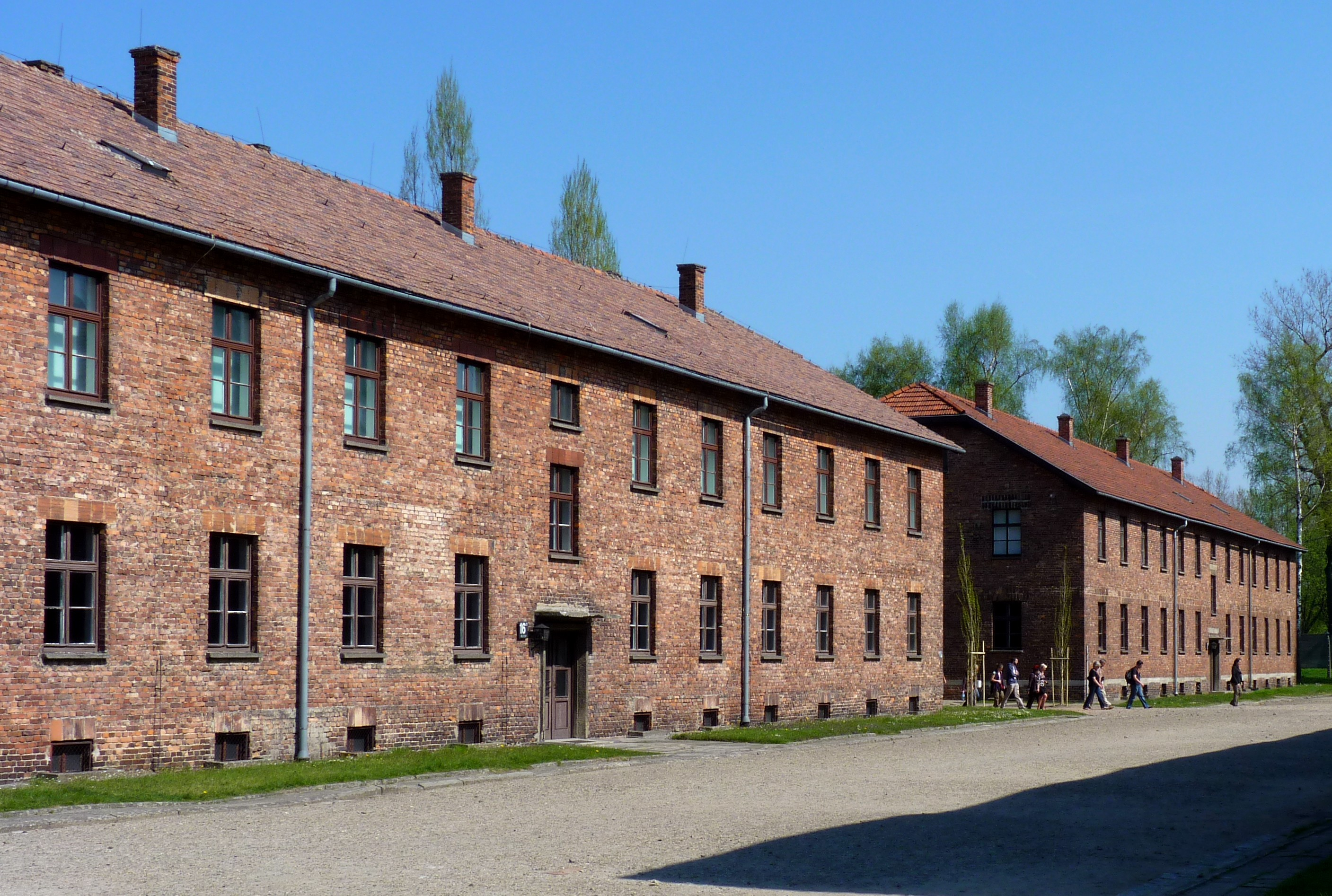 auschwitz overview of the concentration camp essay The concentration camp at auschwitz-birkenau in southern poland is an example of one of the most purely functional of architectures prefabricated horse stables were selected for use as.