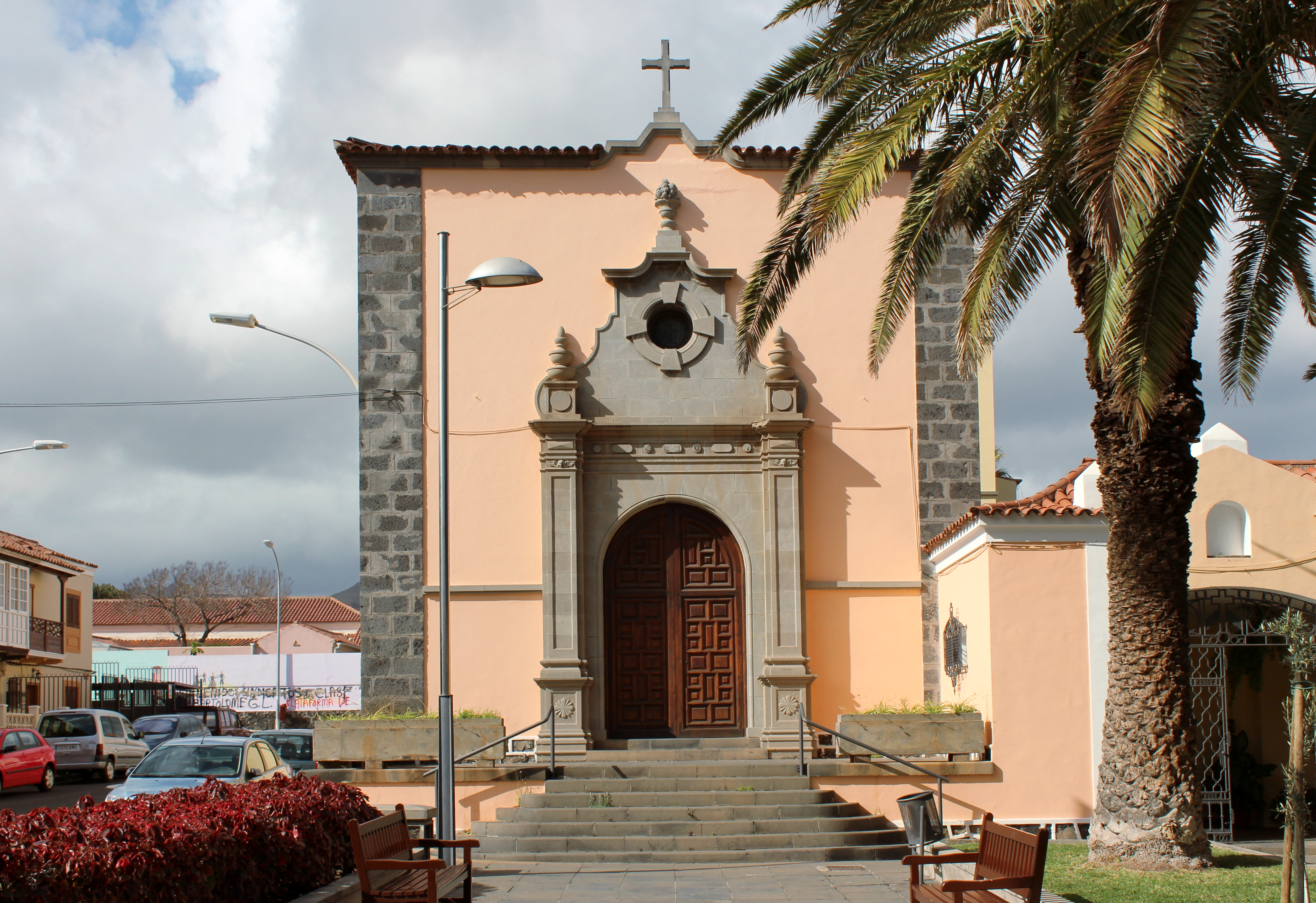 Filebgescamez04iglesia San Fernando Reyjpg Wikimedia Commons