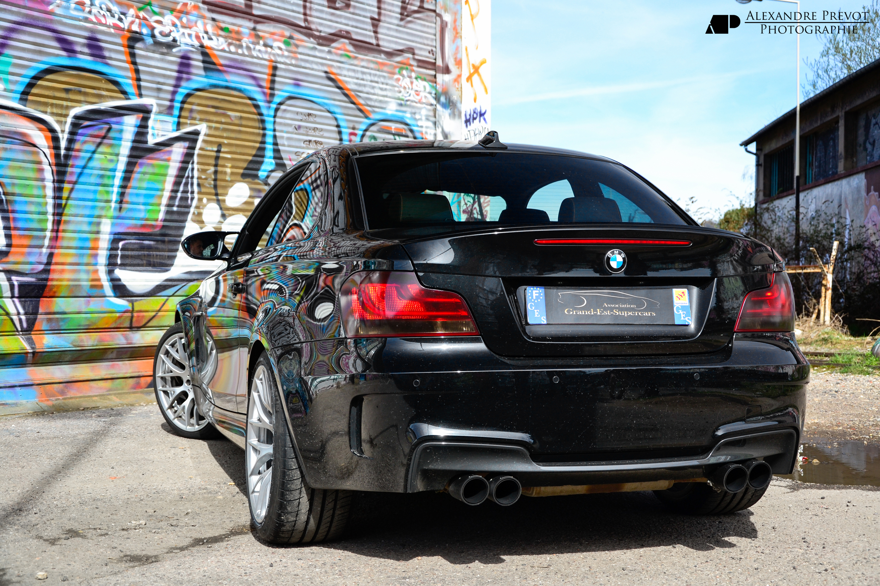 File bmw 1m akrapovic 8649549752 jpg wikimedia commons for Carrelage 1m 1m