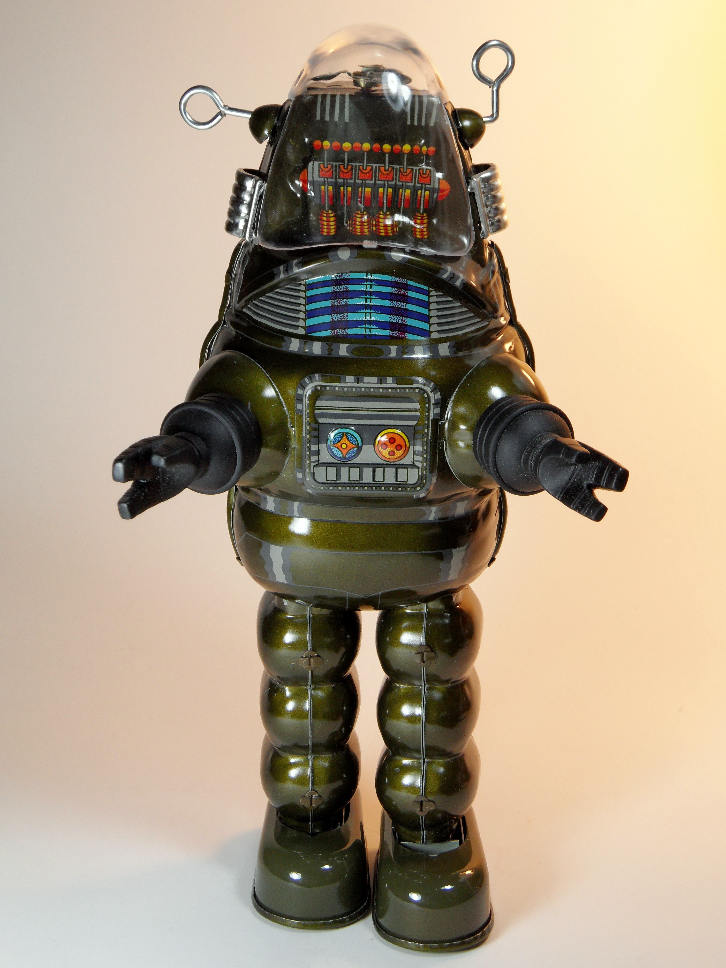 toy guns with File Billiken Shokai Tin Wind Up Robby The Robot With Disintegrator Ray Gun Olive Green Version Front on 2254 Bala Mp 40 Submachine together with Basics Hamster Care likewise Watch further Toy further Product.