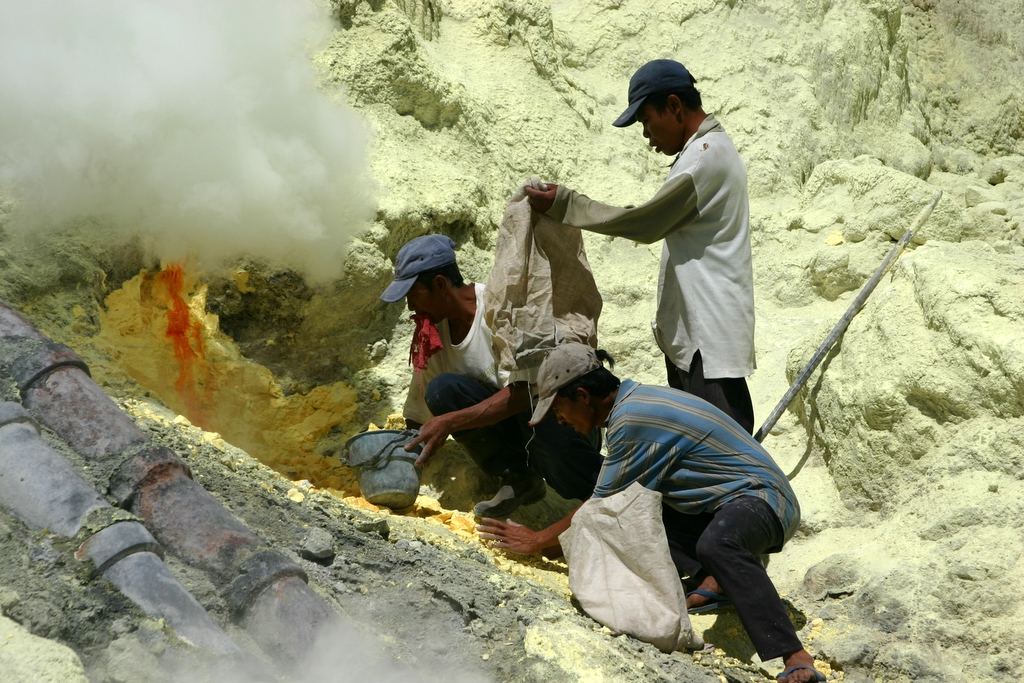 Blethrow Ijen2.JPG