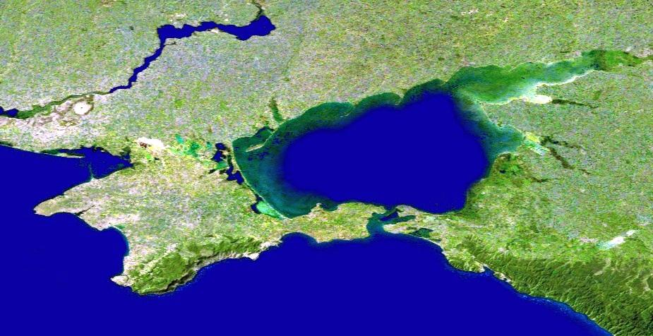 Спутниковый снимок Крыма и Азовского моря