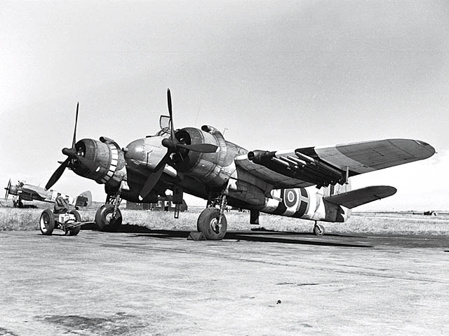 Bristol Beaufighter Bristol_Type_156_Beaufighter_ExCC