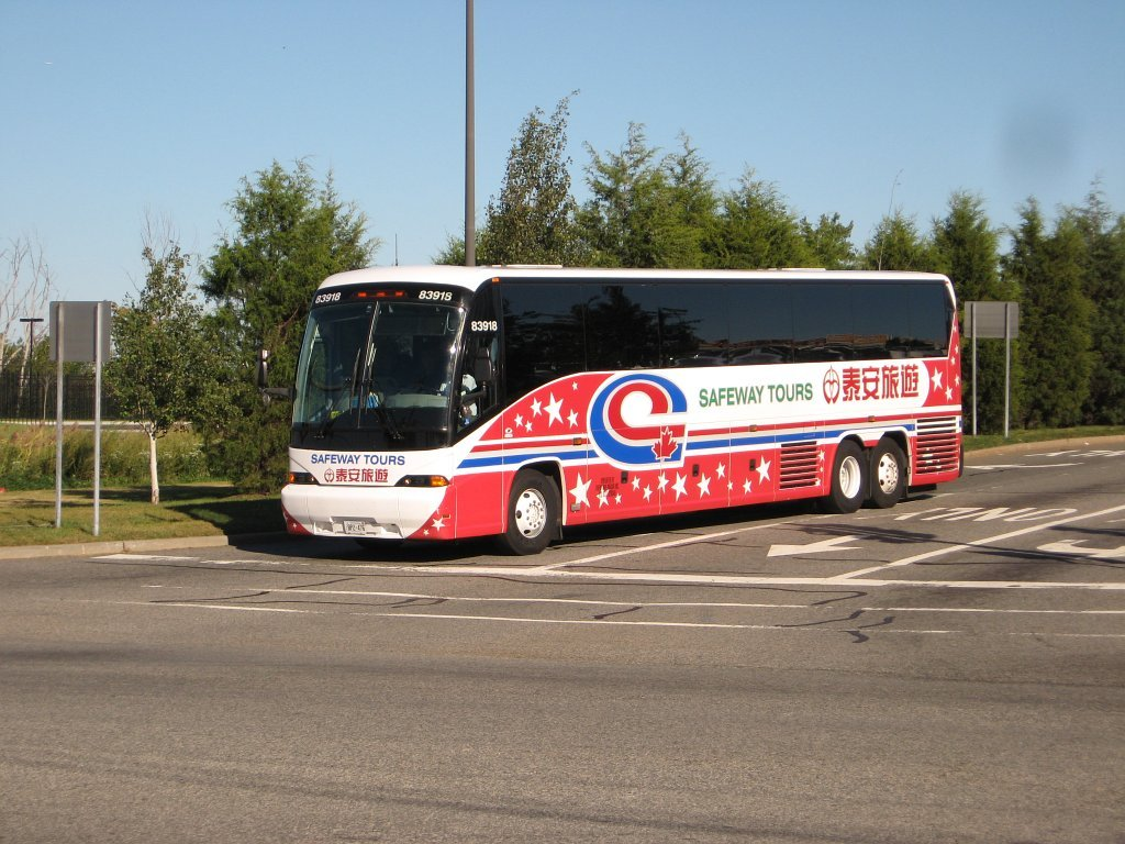 Canada Bus Tours From Toronto