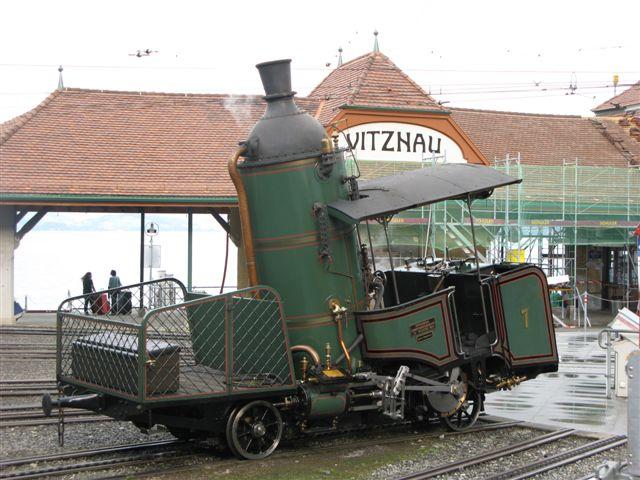 Dampflok_der_Vitznau_Rigibahn.jpg