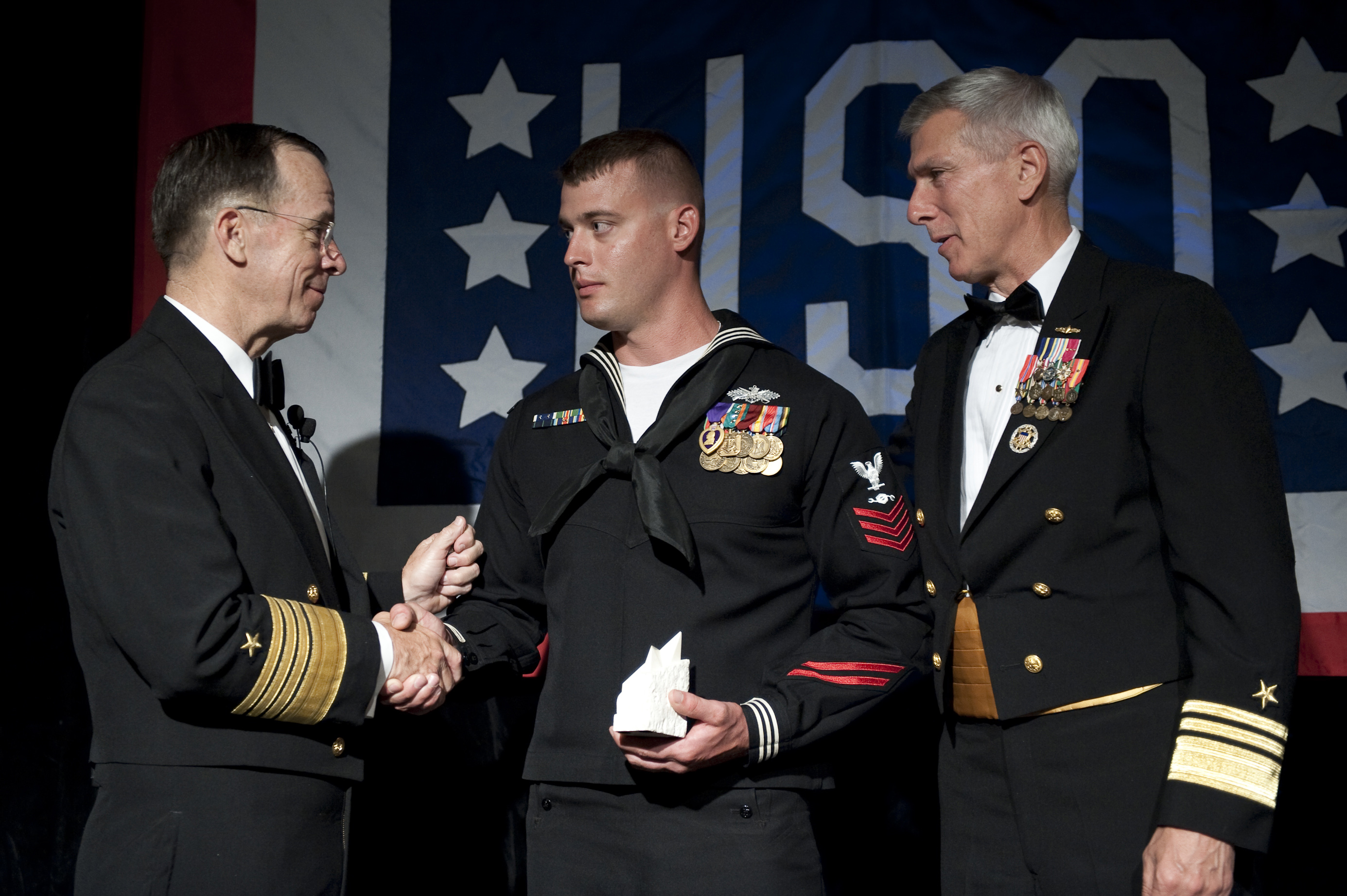File news photo 100414 n 0696m 211 chairman for Chair joint chiefs of staff