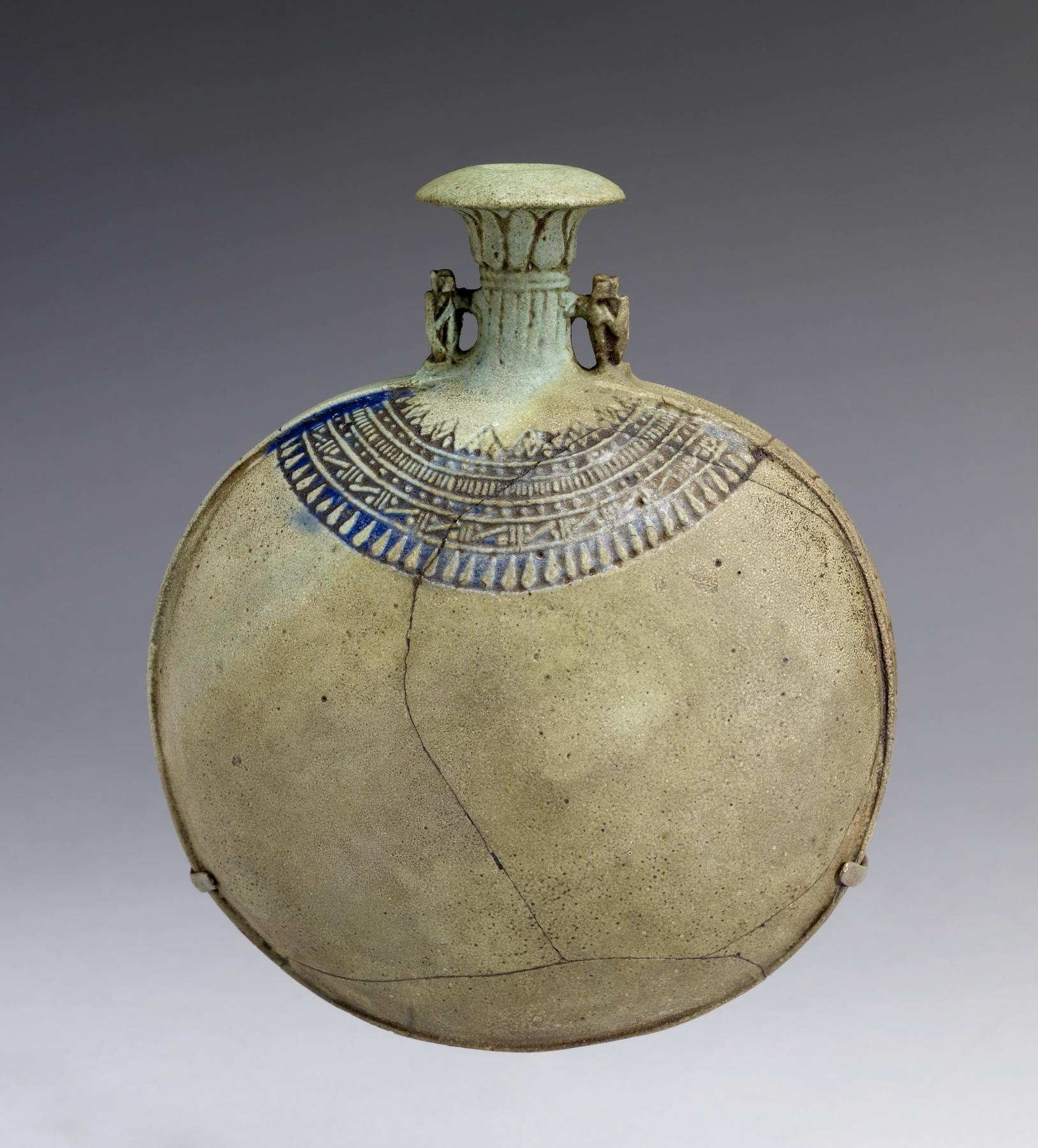 File:Egyptian - New Year's Flask - Walters 48419 (2).jpg ...