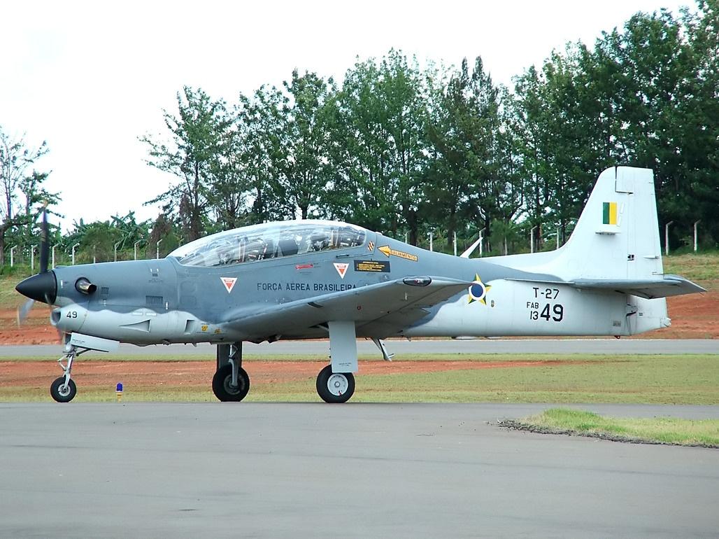 「Embraer T-27 Tucano」的圖片搜尋結果