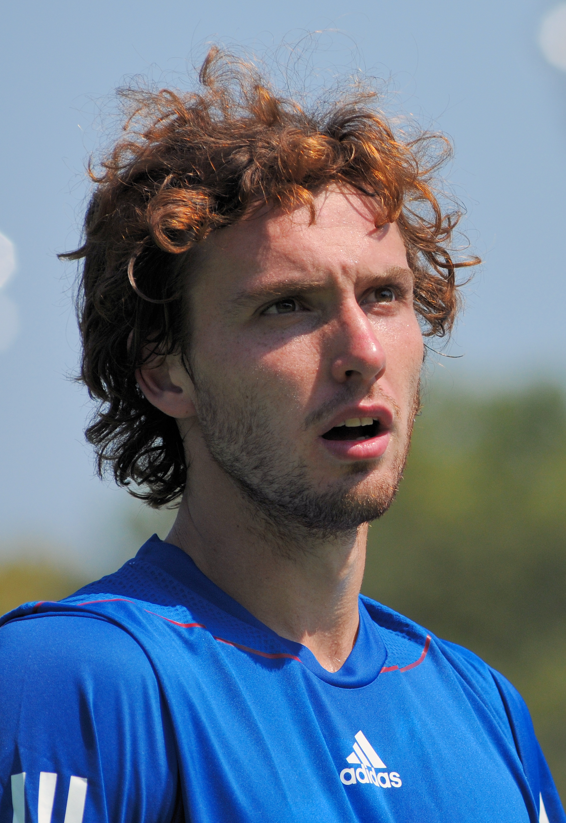 The 28-year old son of father Ainārs Gulbis  and mother Milena Gulbe, 190 cm tall Ernests Gulbis in 2017 photo