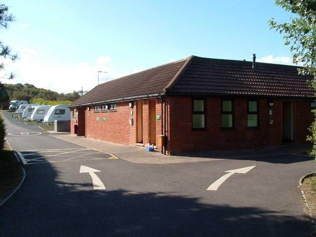 c7149970263 File:Facilities Block, Seacroft Caravan Club Site - geograph.org.uk -  1523467.jpg