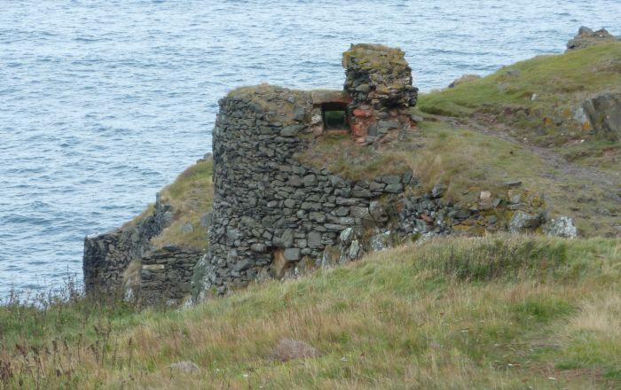File:Fast castle - gate - 19092010.jpg