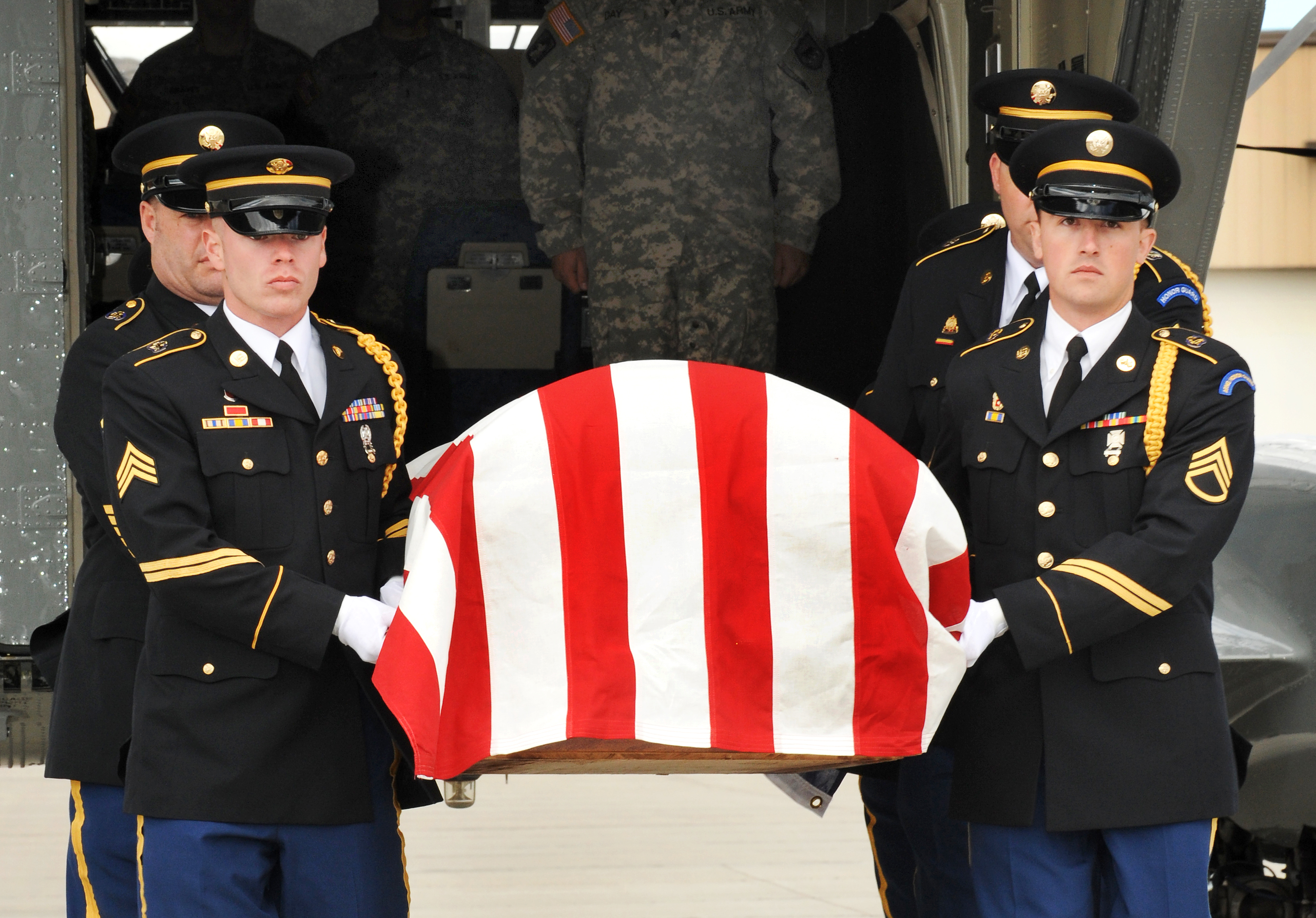 Us Army National Guard >> File:Flickr - The U.S. Army - Laid to rest, 59 years later.jpg - Wikimedia Commons
