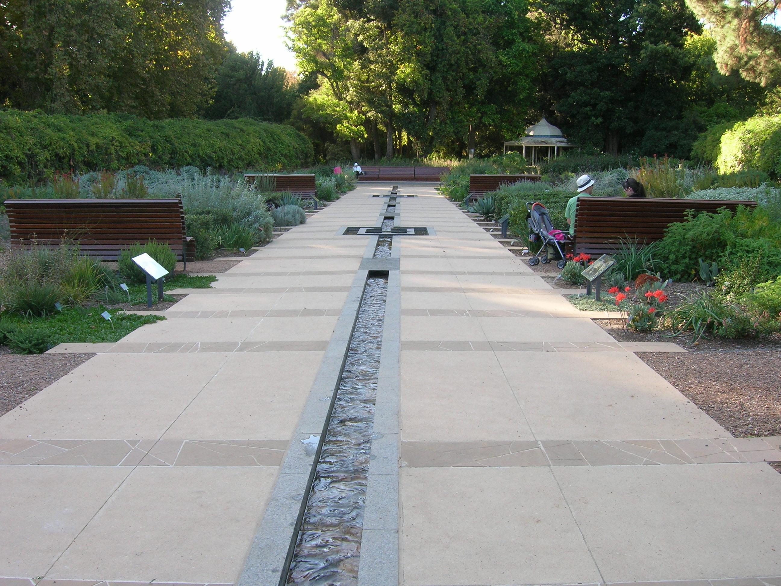File Flickr Brewbooks Sa Water Garden Design 1 Jpg
