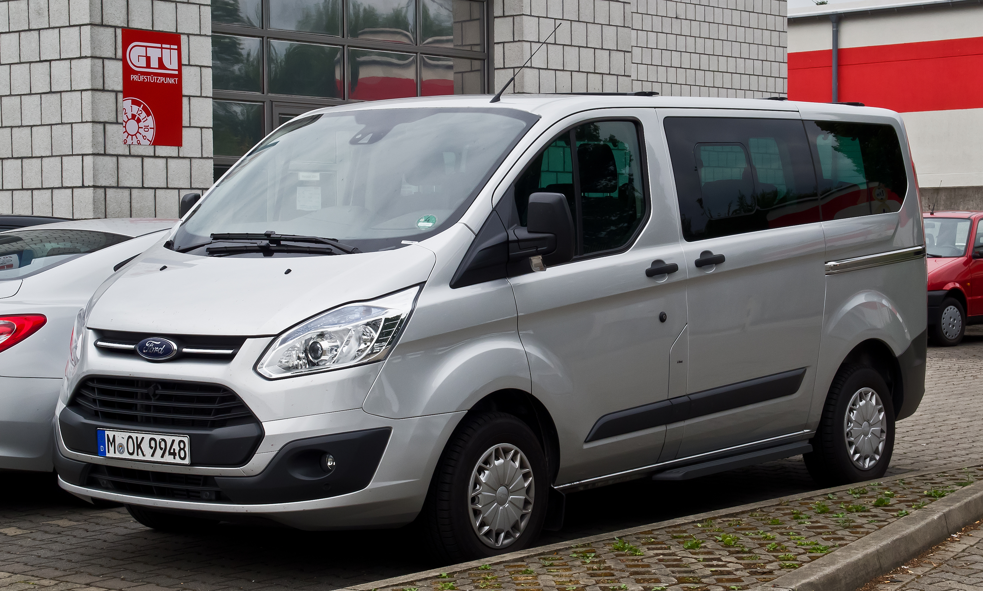 Ford Tourneo Crew Van