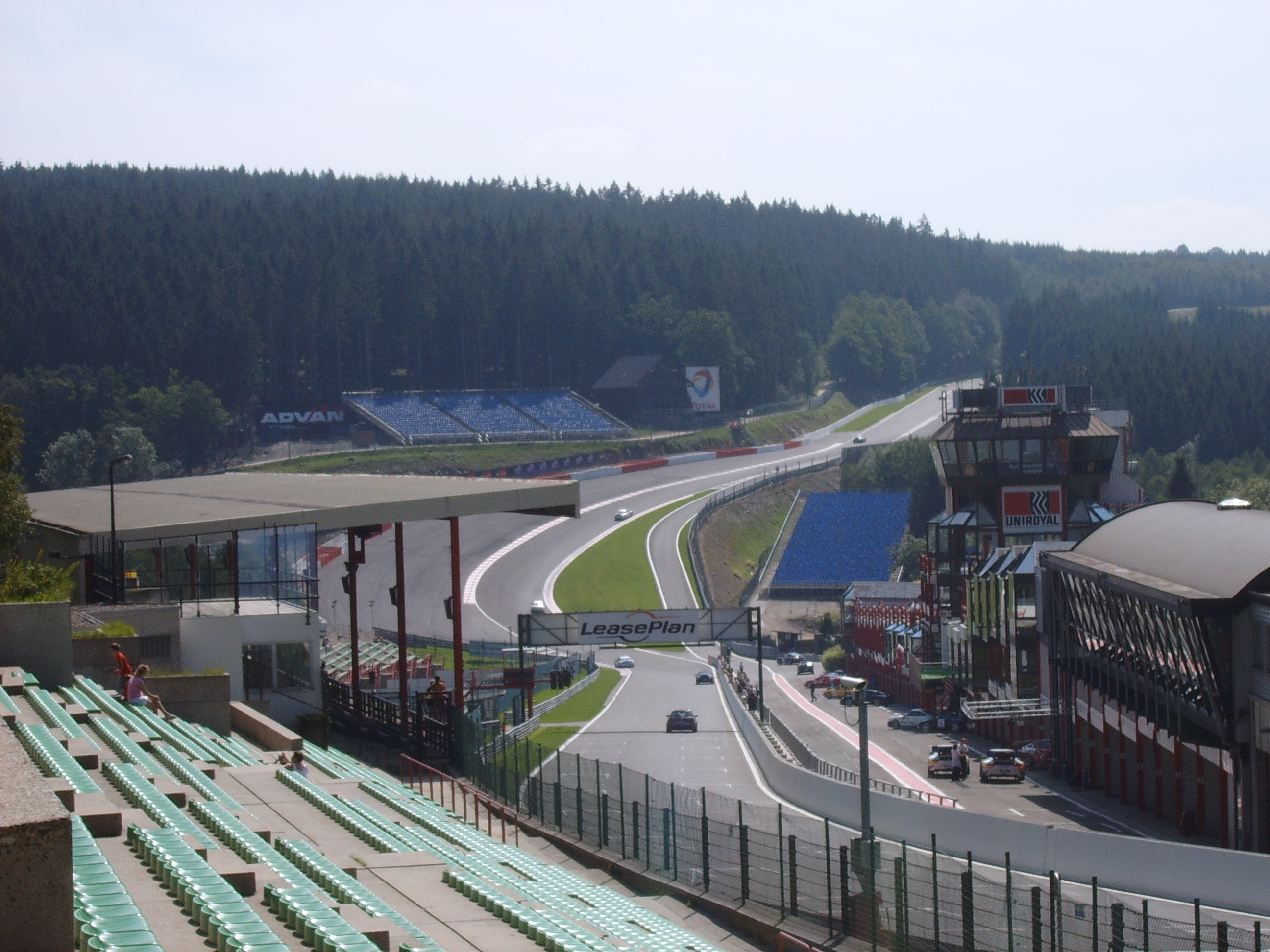 http://upload.wikimedia.org/wikipedia/commons/c/c2/Francorchamps01.jpg