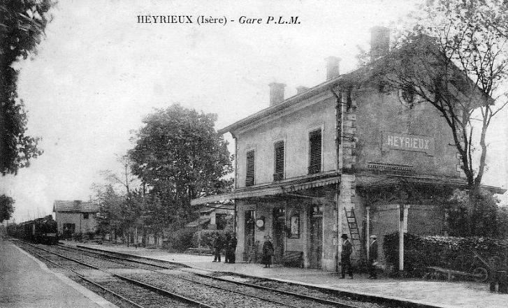 Gare D 39 Heyrieux Wikip Dia