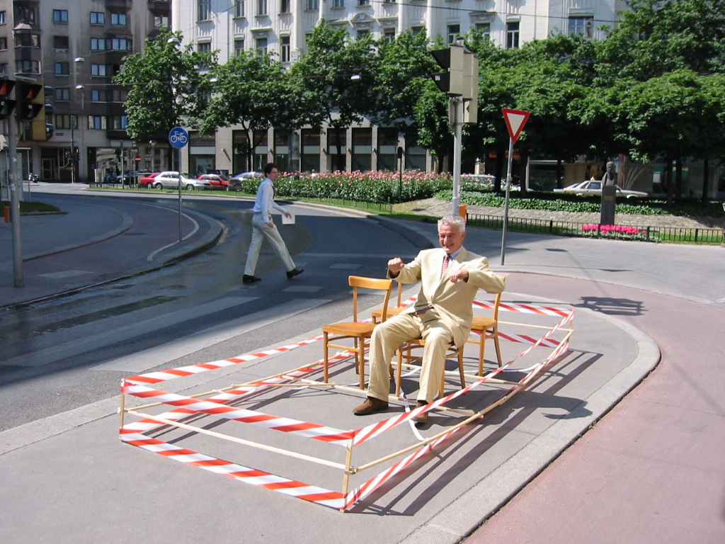 """Hermann Knoflacher demonstrates his invention, the """"walkmobile"""""""