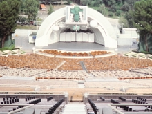 The Hollywood Bowl's 1980s-2003 appearance, with the acoustic fiberglass spheres. Hollywood Bowl (cropped).jpg