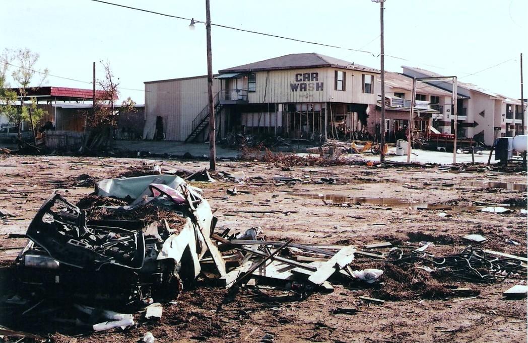 hurricane katrina damage - 1048×682