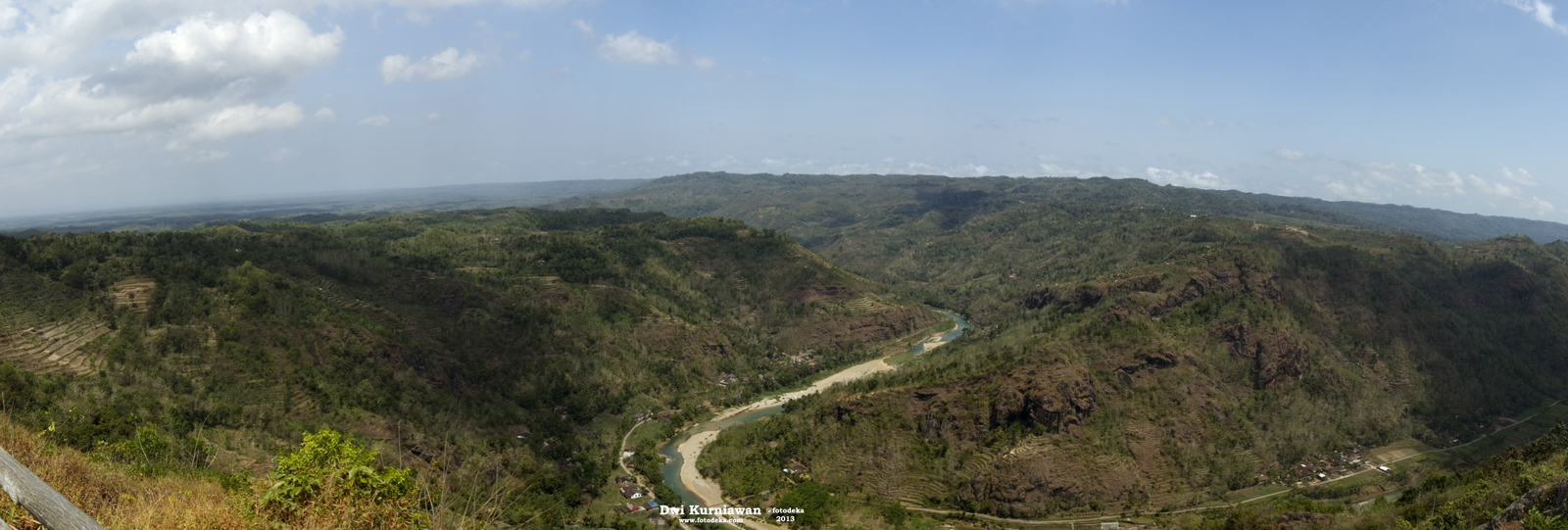 File:Kebun Buah Mangunan - panoramio (4).jpg