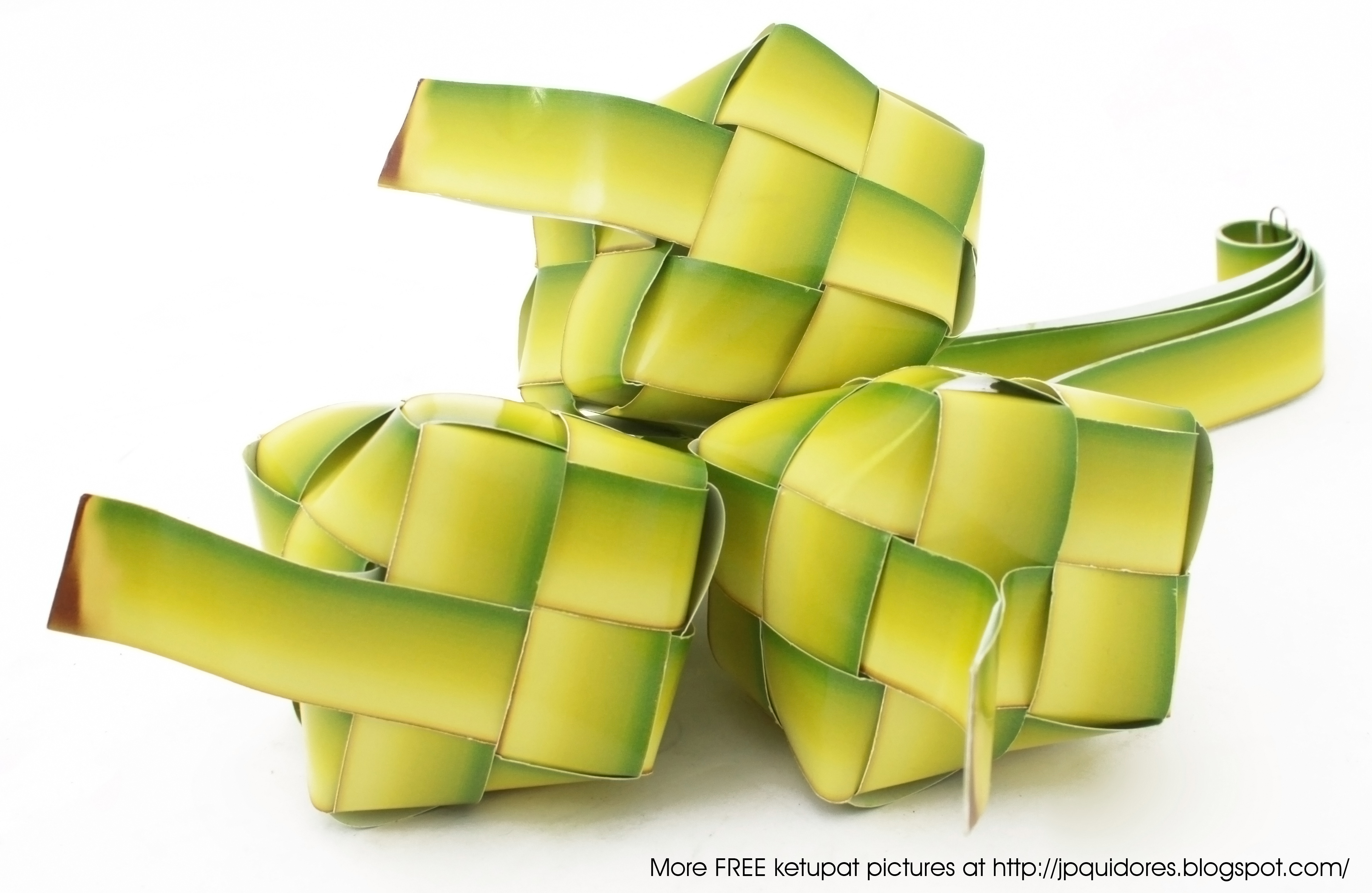 Ketupat, the most synonymous symbol with Hari Raya