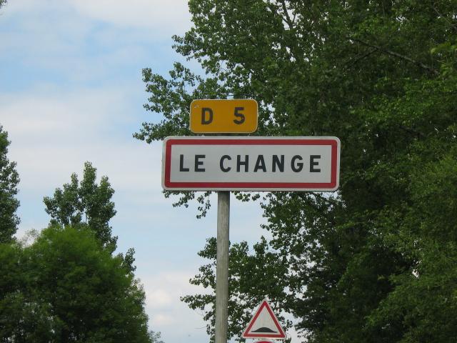 File:Le Change entrée.jpg