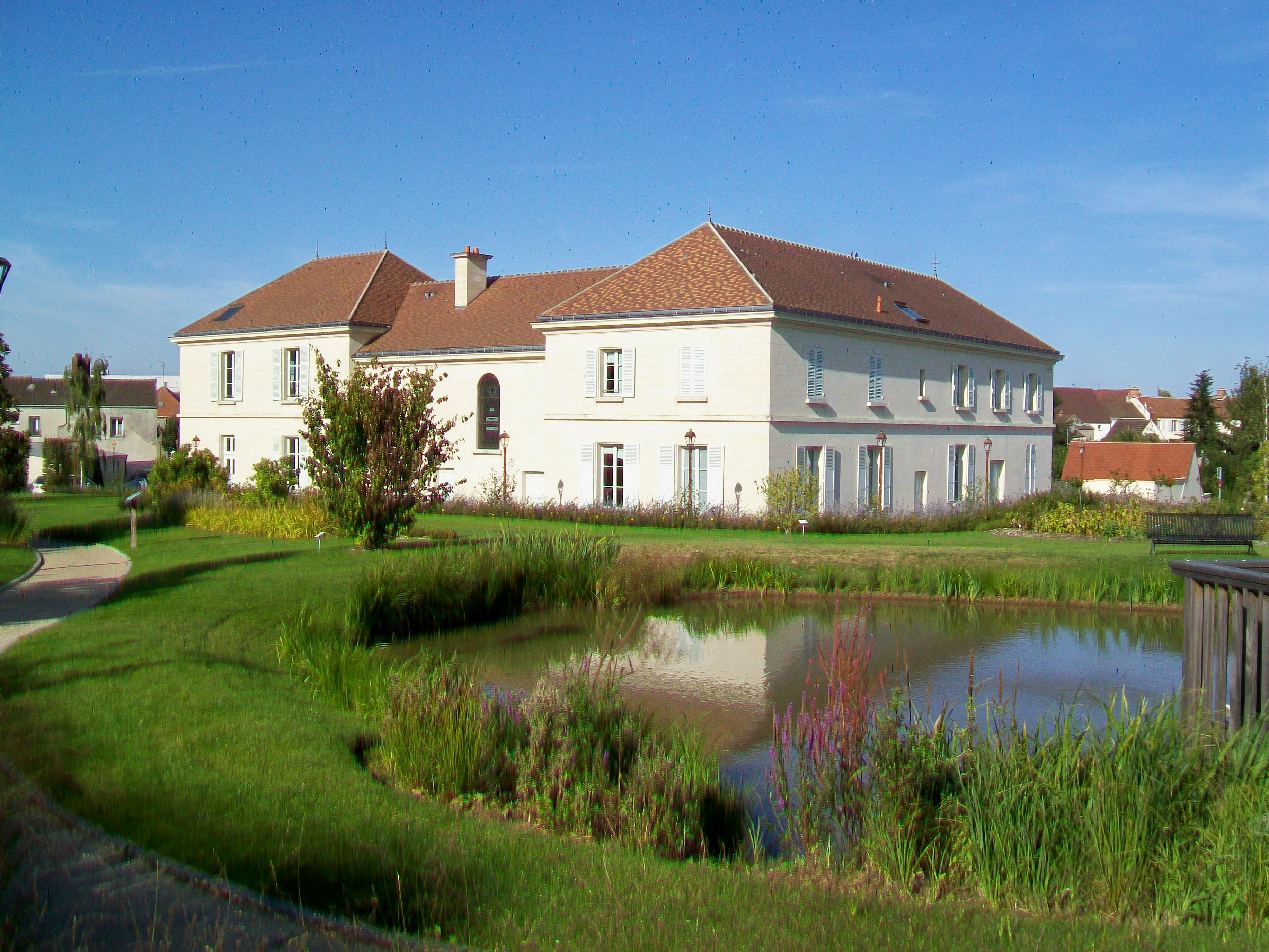 Le Mesnil-Amelot
