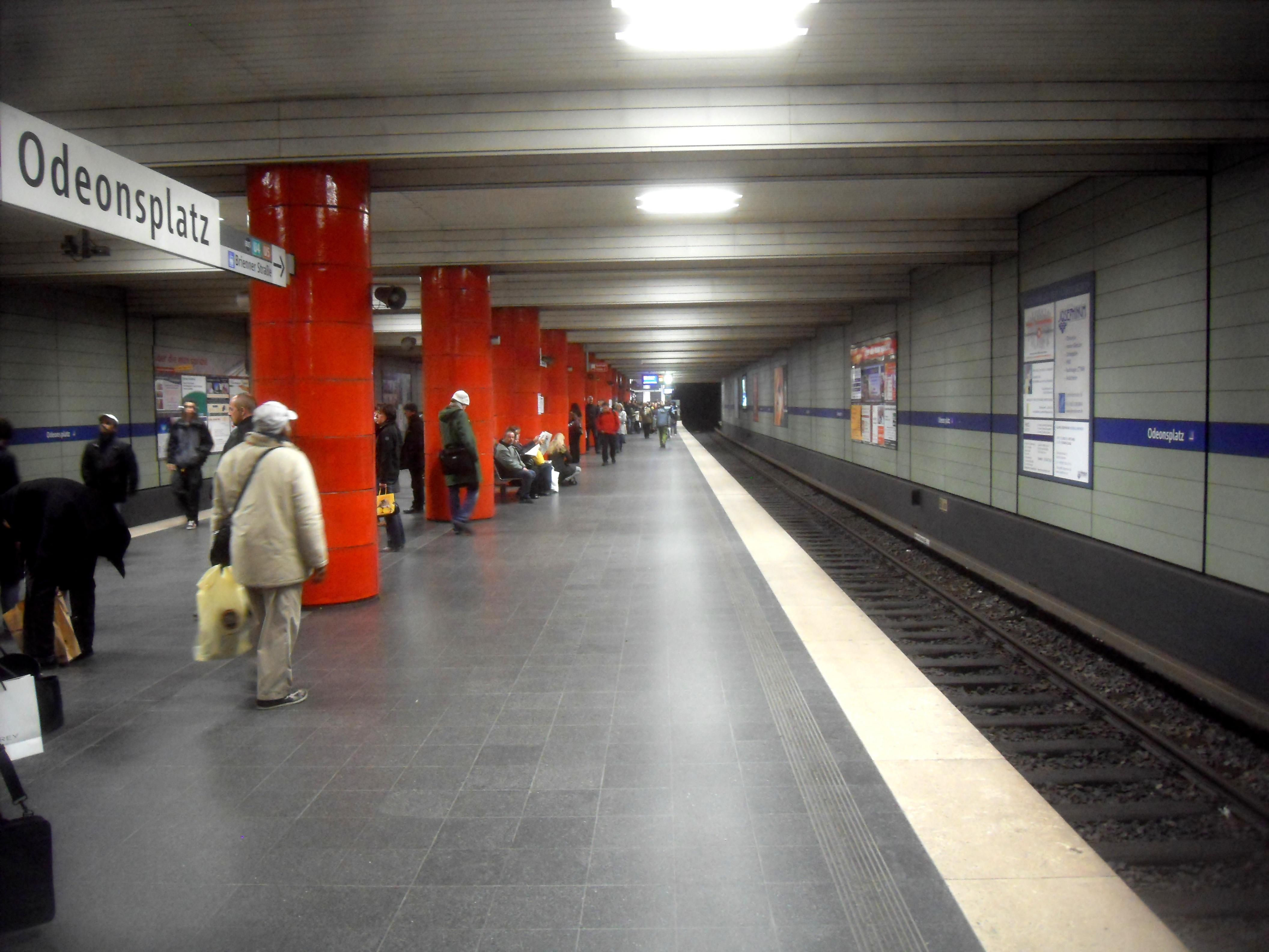 file m nchen u bahn station odeonsplatz u 3 u 6 1 4. Black Bedroom Furniture Sets. Home Design Ideas