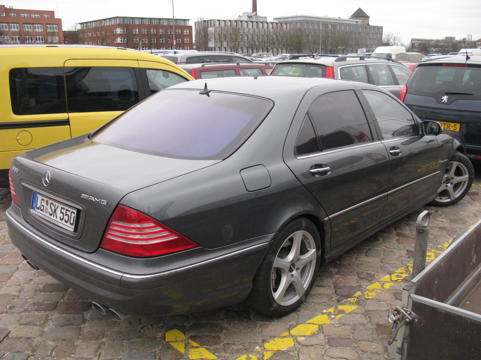 File mercedes benz s55 amg 8539980113 jpg wikimedia for Mercedes benz s55