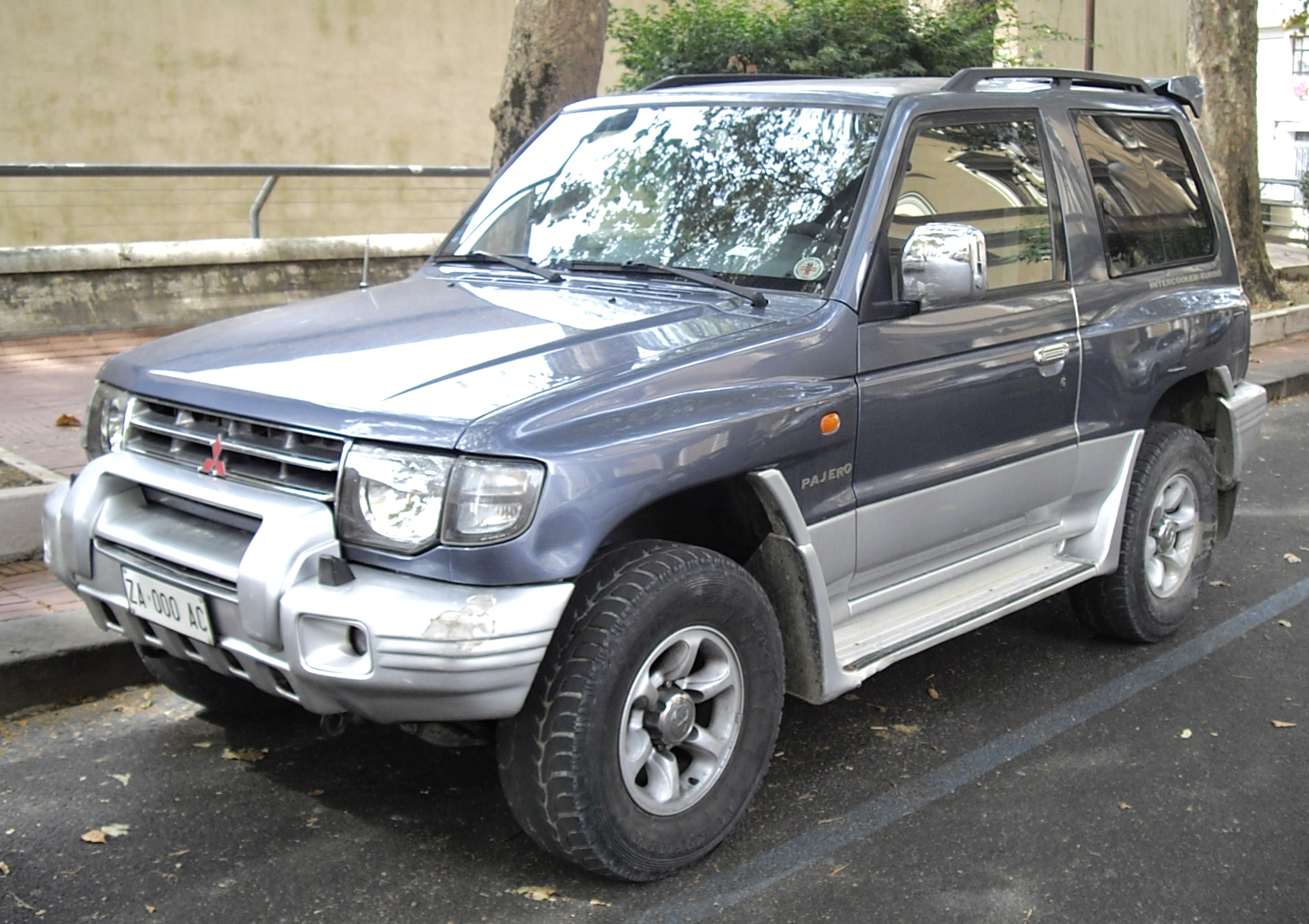 Mitsubishi pajero io wikipedia upcoming nissan