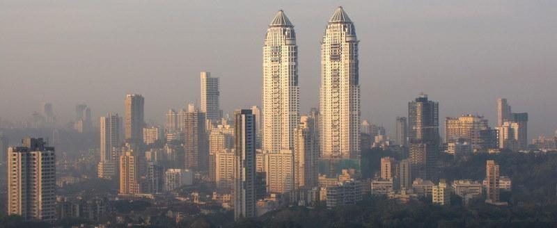 File:Mumbai.jpg