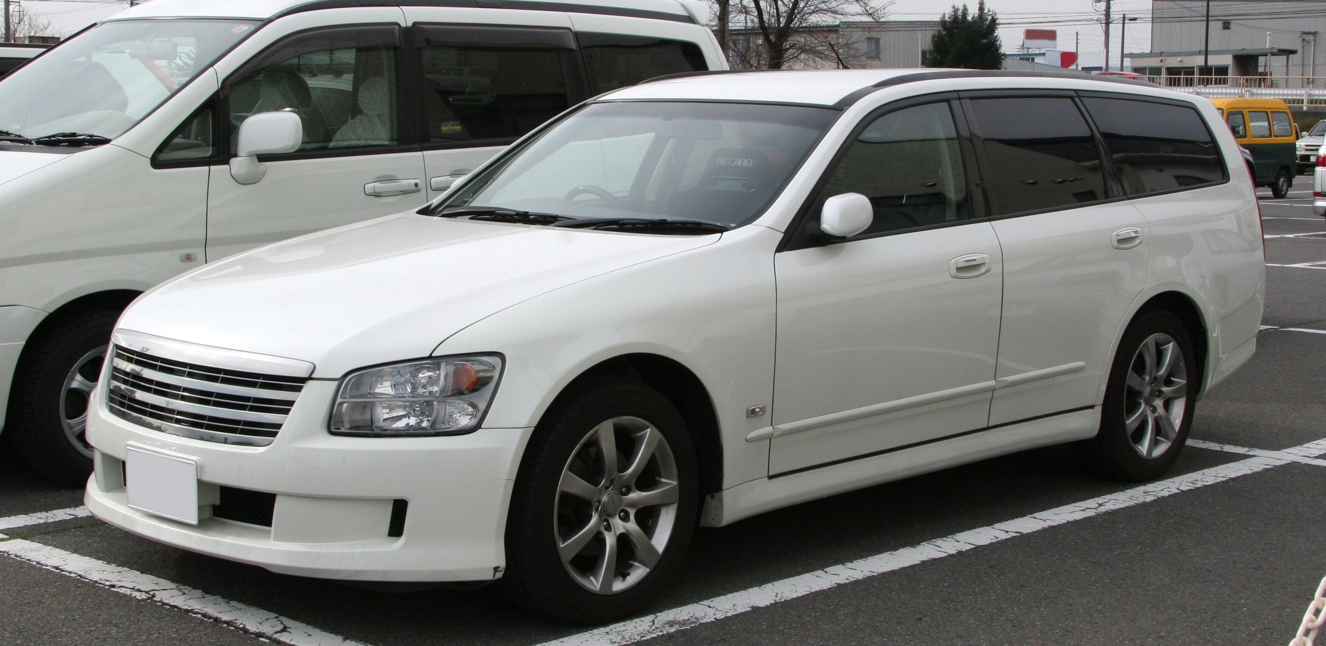 File Nissan Stagea Axis S Jpg Wikimedia Commons