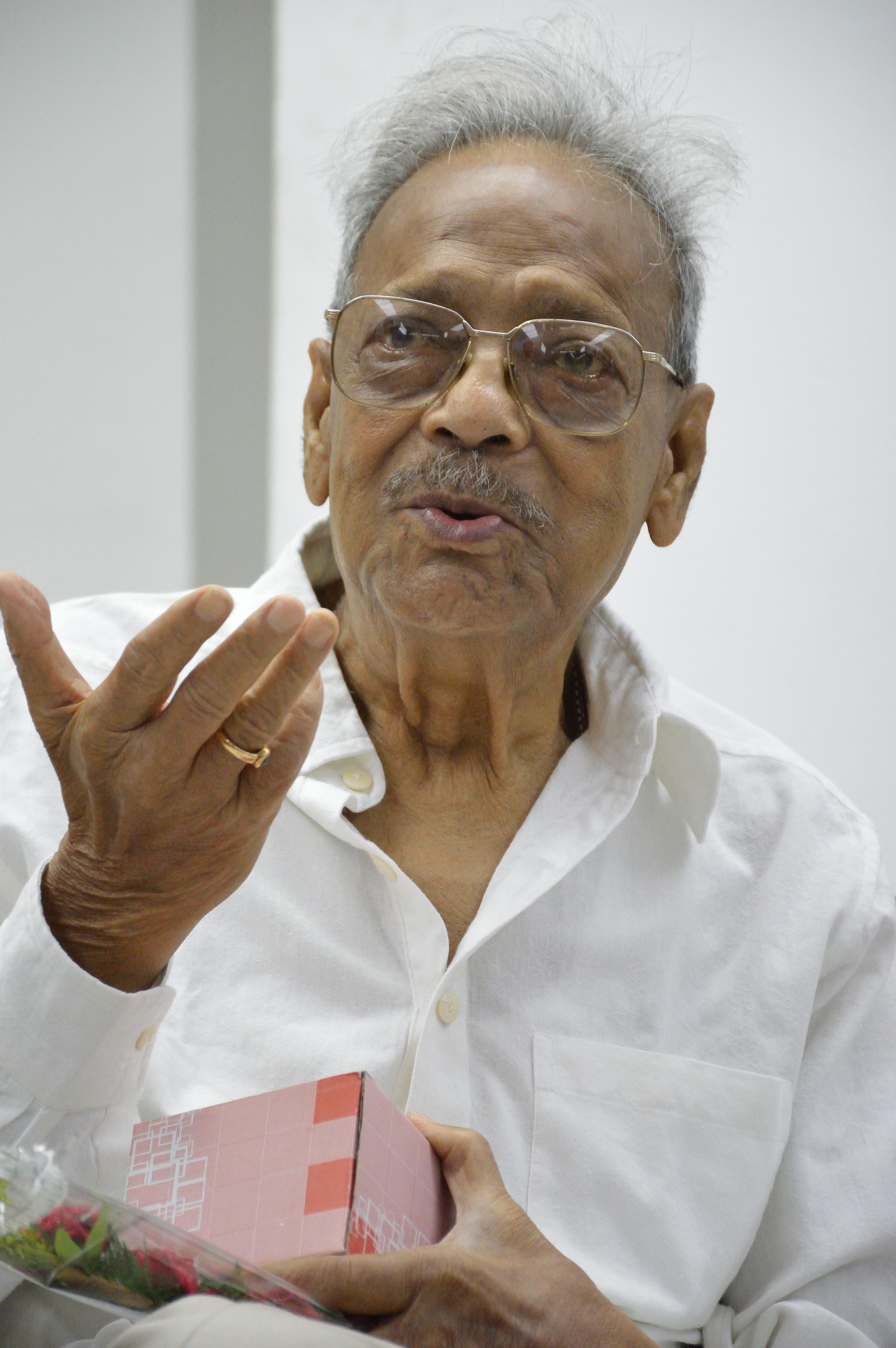Image of Nemai Ghosh from Wikidata