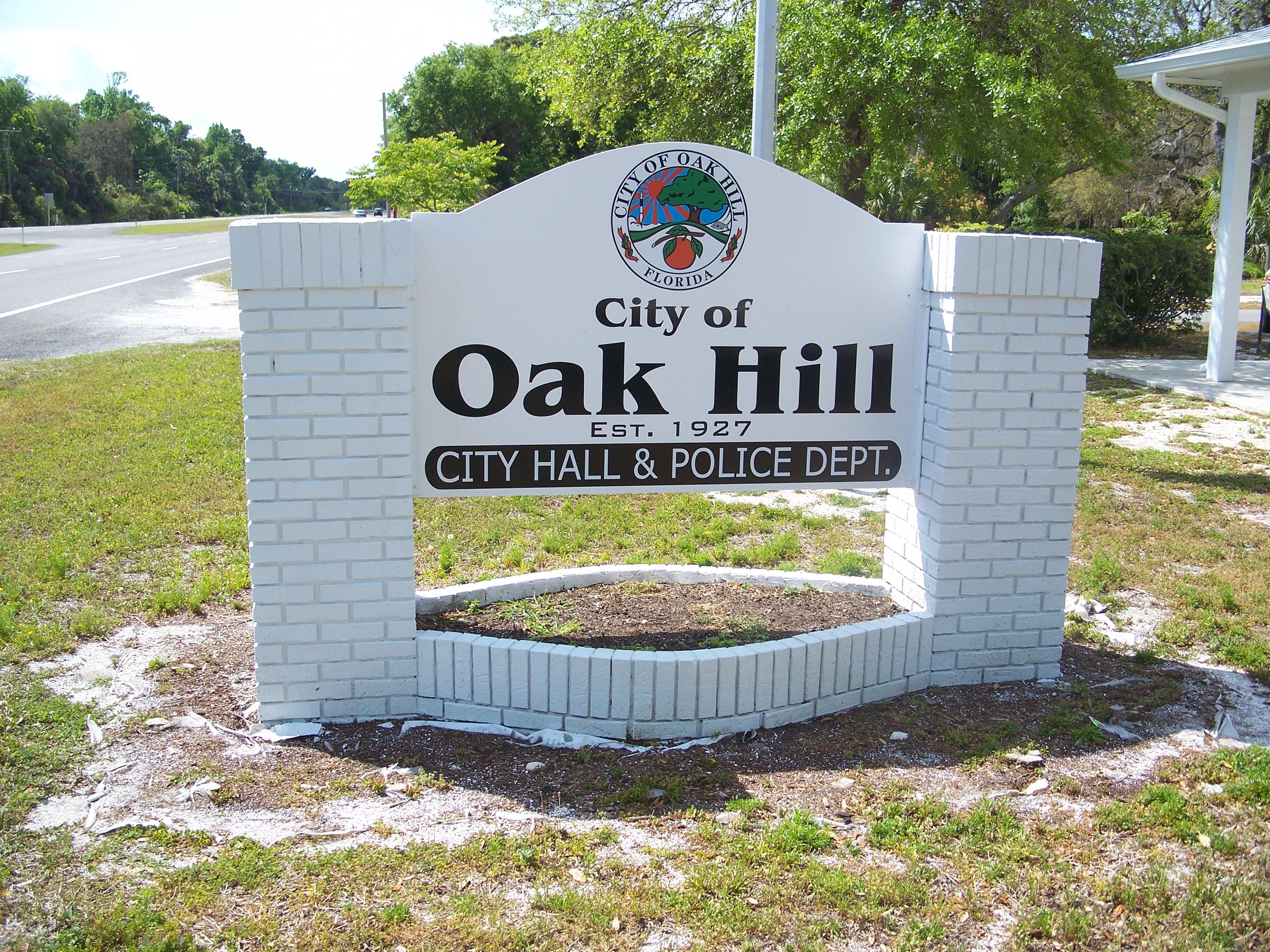 File:Oak Hill FL city halloak hill city